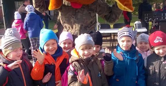 Wycieczka do Jednostki Wojskowej- październik 2016 Grupa VI